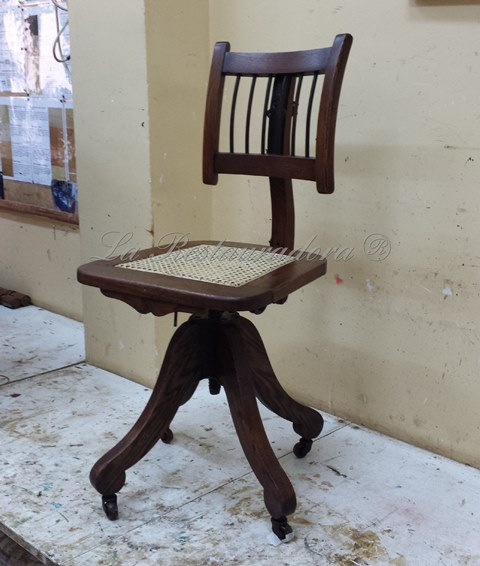 La Restauradora silla Davis restaurada 3